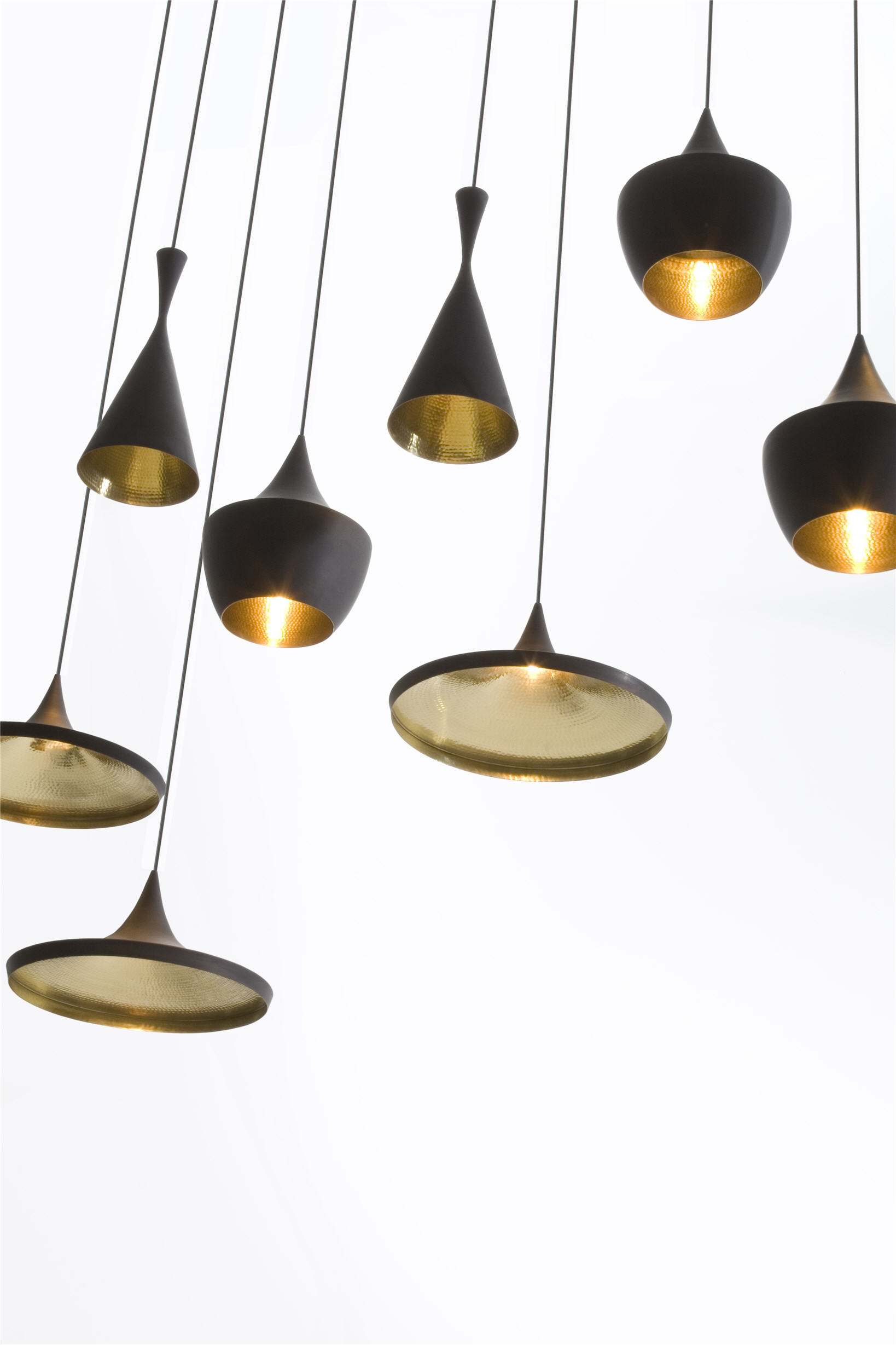 Tom dixon s beat man make home for Suspension trois lampes